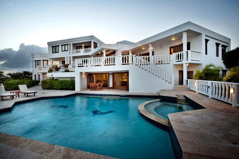 Sheriva Luxury Villas and Suites