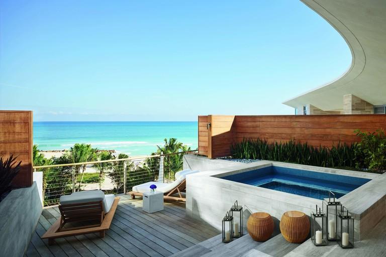 The Miami Beach EDITION 3