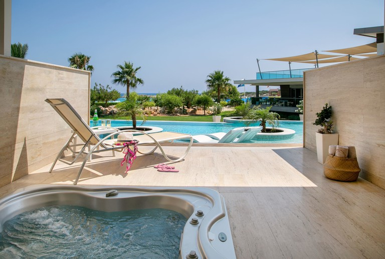 Asterias Beach Hotel – Ayia Napa