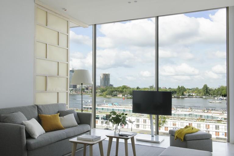 Eric Vokel Amsterdam Suites, Centraal