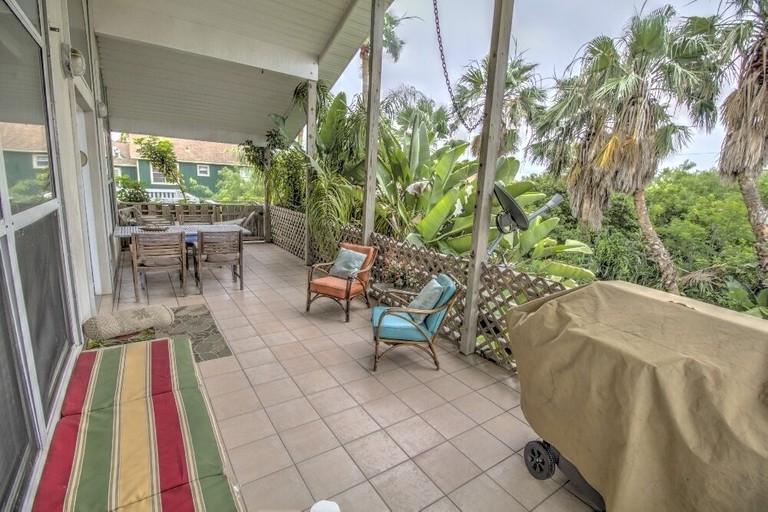 Bahama Beach Lodge