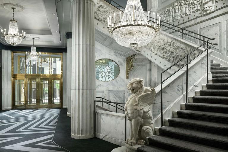 Candler Hotel Atlanta, Curio Collection by Hilton