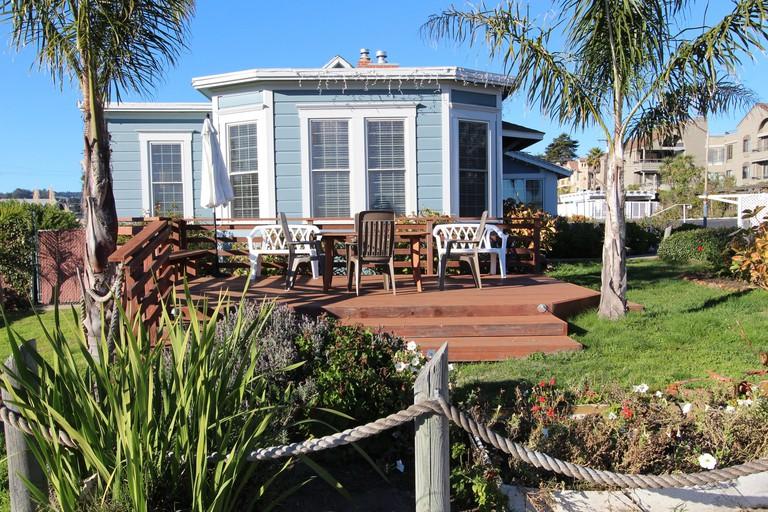 Edgewater Beach Inn and Suites