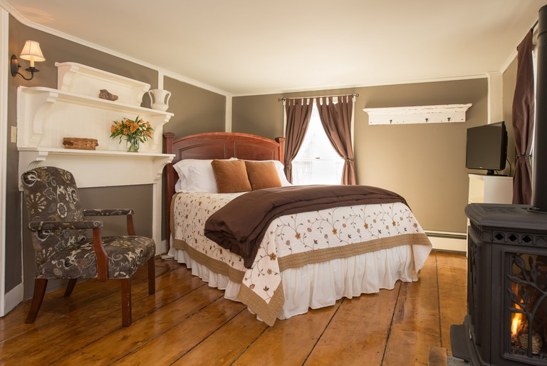 Golden Stage Inn Bed & breakfast