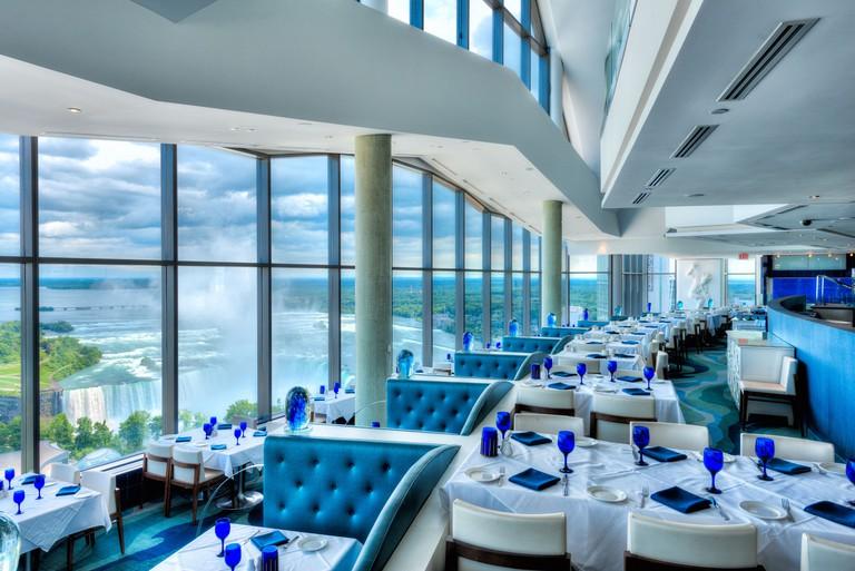 Hilton Niagara Falls: Fallsview Hotel & Suites, Ontario