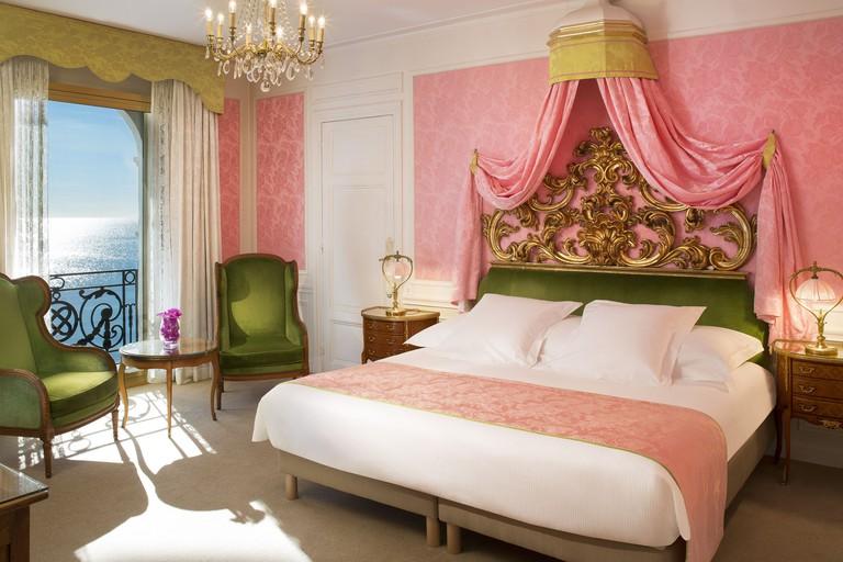 Hotel Le Negresco room