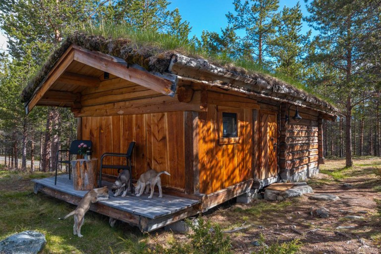 Jotunheimen Husky Lodge