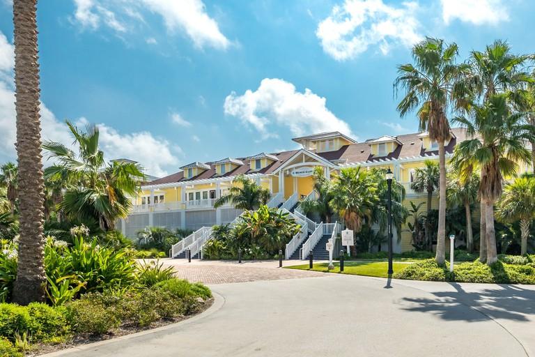 Pointe West Resort
