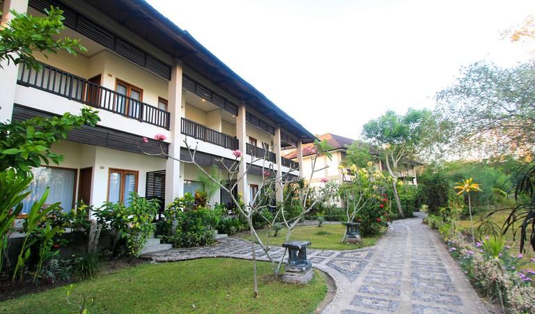 Puri Sari Beach Hotel, Indonesia