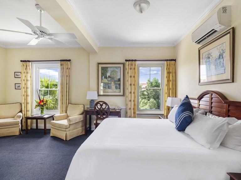 Royal Palms Hotel, Pembroke