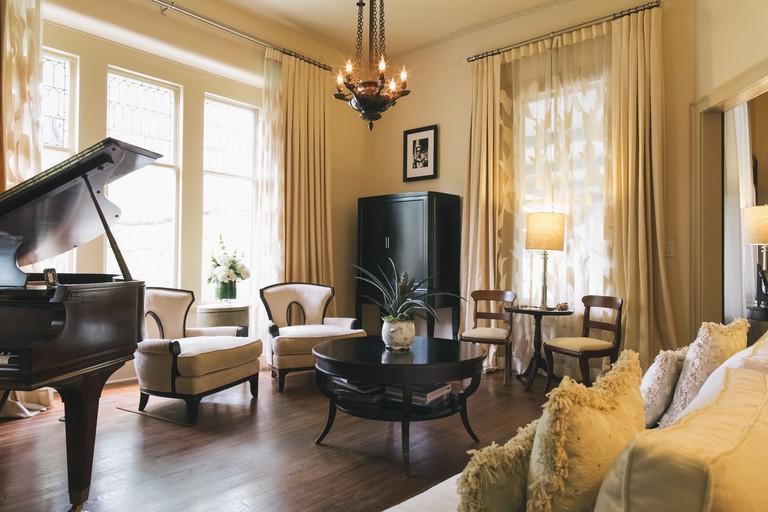 Stonehurst Place Bed & Breakfast