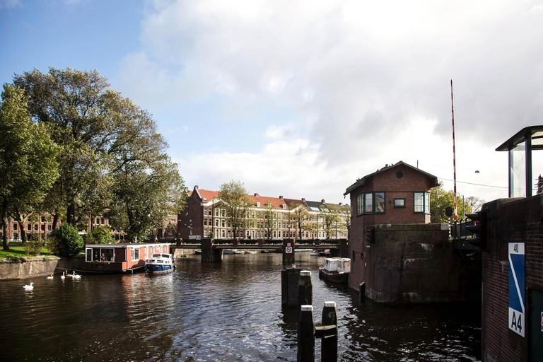 Sweets – Kattenslootbrug, Amsterdam