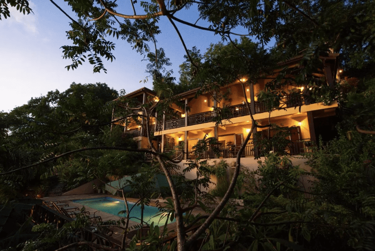 Villa Pomme D'Amour-booking