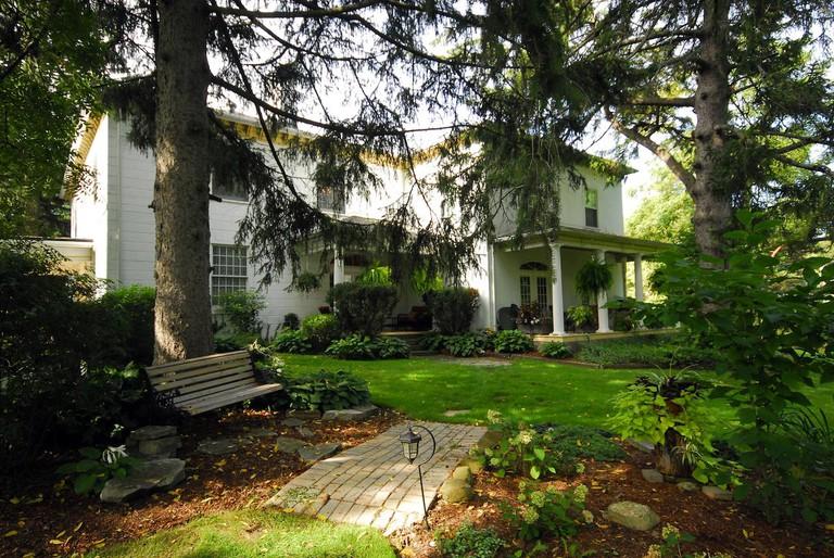 Brockamour Manor