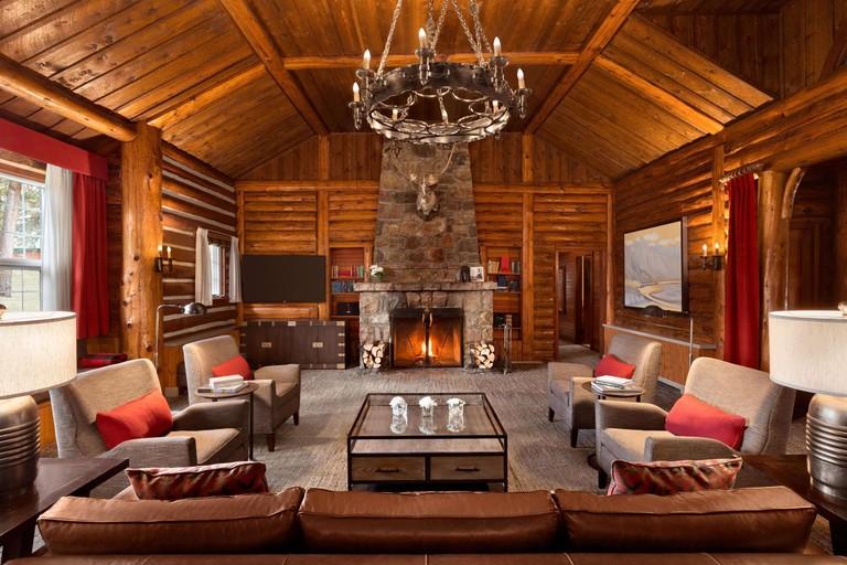 Fairmont Jasper Park Lodge, Alberta