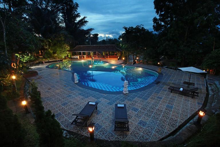 Green Tropical Village Hotel & Resort