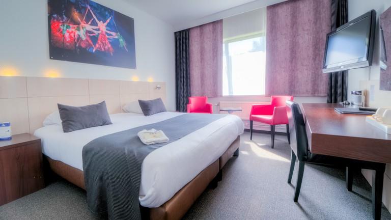 Hotel & Aparthotel Casteau Resort Mons