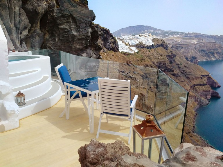 Iconic Santorini, a Boutique Cave Hotel 1
