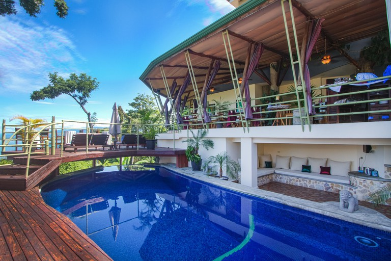 Issimo Suites Boutique Hotel