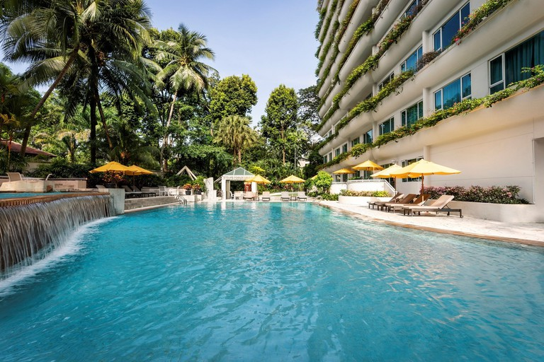 Shangri-La Apartments-dd2c3115