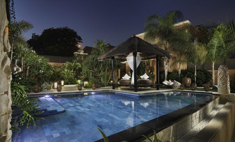 Villa Cielo swimming pool at sunset