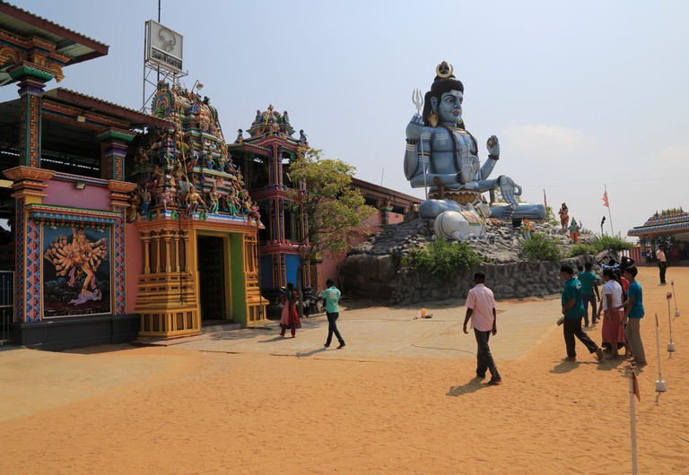 Shiva statue Koneswaram Kovil Hindu temple, Trincomalee, Sri Lanka, Asia