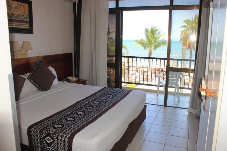 Smugglers Cove Beach Resort and Hotel