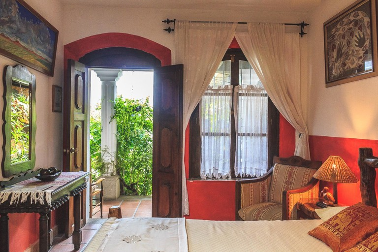 La Villa Serena Bed & Breakfast