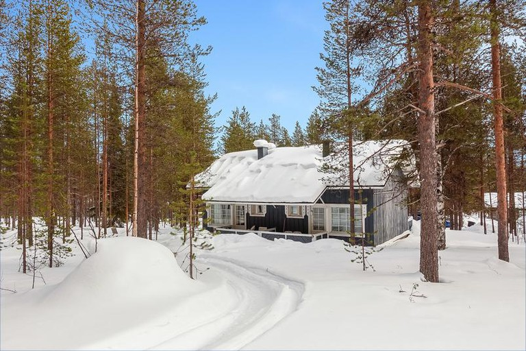 Lomarengas Ski Cabins