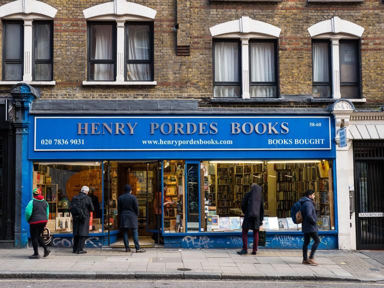 Henry Pordes Books Ltd, Charing cross rd, London, England, UK, GB.