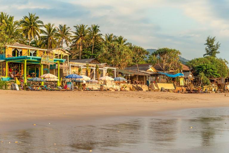 Beach Pubs at Klong Nin Beach, Koh Lanta Island, Thailand 2BKCWTB