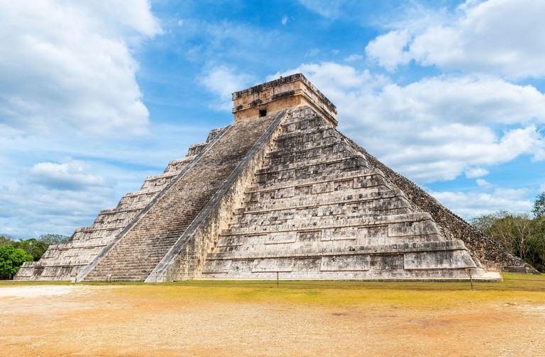 Kukulkan maya pyramid, Chichen Itza, Mexico