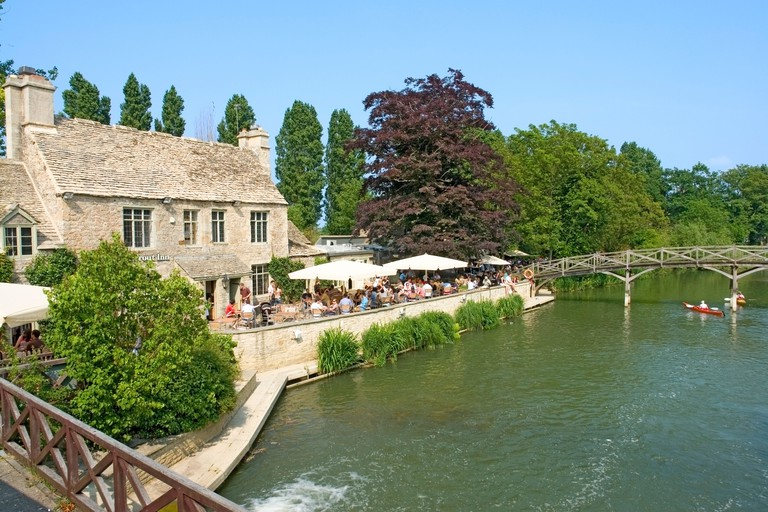 The Trout Inn, on the Thames at Wolvercote, near Oxford, Oxfordshire