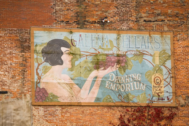 ILLINOIS Galena Galena Cellars winery billboard sign on side of brick building faded