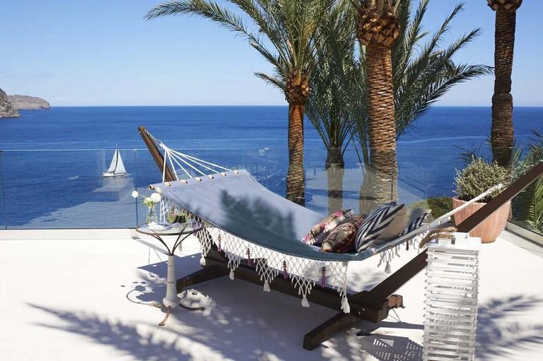 blue-bay-estate-ibiza-twin-terrace-suite-hammock