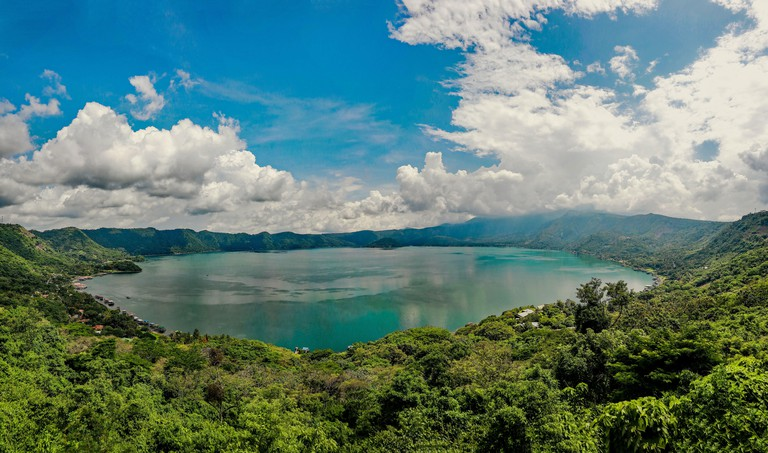 Coatepeque volcano, crater and lake in central El Salvador_2C9A4NE