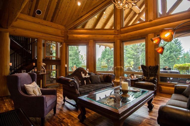 Golden Acres Mountain Lodge