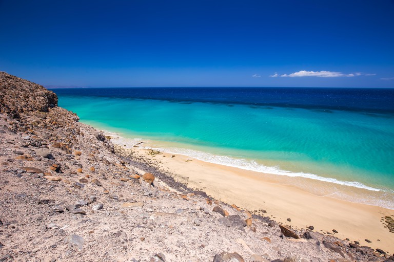 Esquinzo sandy beach with vulcanic mountains, Jandia, Fuerteventura, Canary Islands, Spain