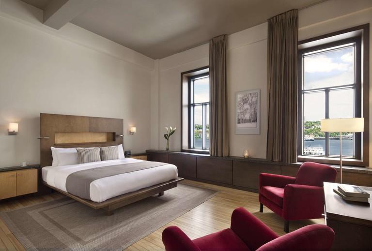 Hotel 71 by Preferred Hotels & Resorts