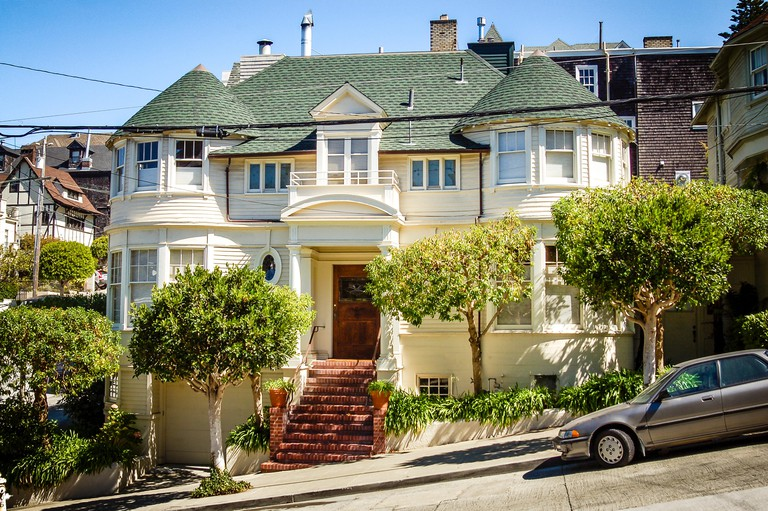 Luxurious house on Steiner Street, in the Pacific Heights district of San Francisco, used in the Robin Williams movie, Mrs Doubtfire.