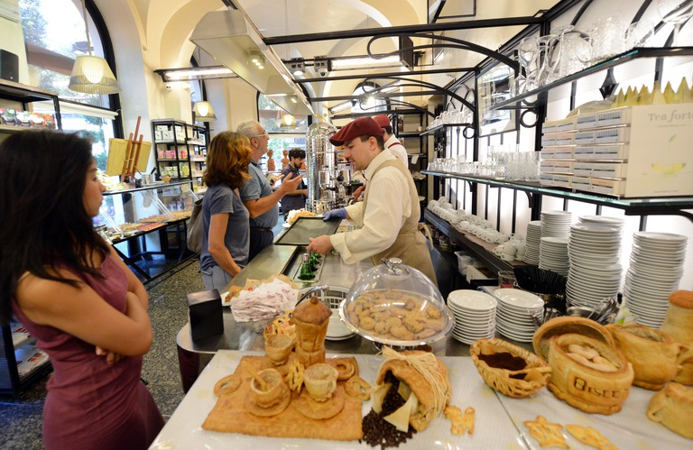 Panella pastry shop and coffee bar in Rome. R32CBY