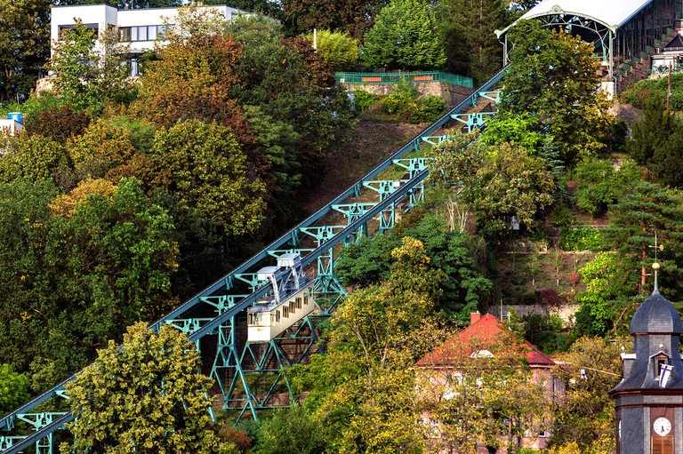Schwebebahn in Dresden connects the districts of Loschwitz and Oberloschwitz and is part of the Dresden Bergbahnen