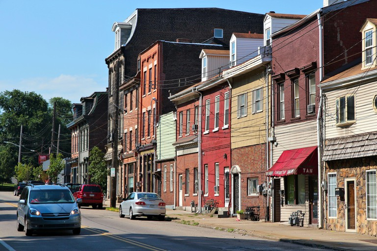 2DECWBN PITTSBURGH, USA - JUNE 30, 2013: Street view of residential area of Lawrenceville, Pittsburgh. It is the 2nd largest city of Pennsylvania with populat