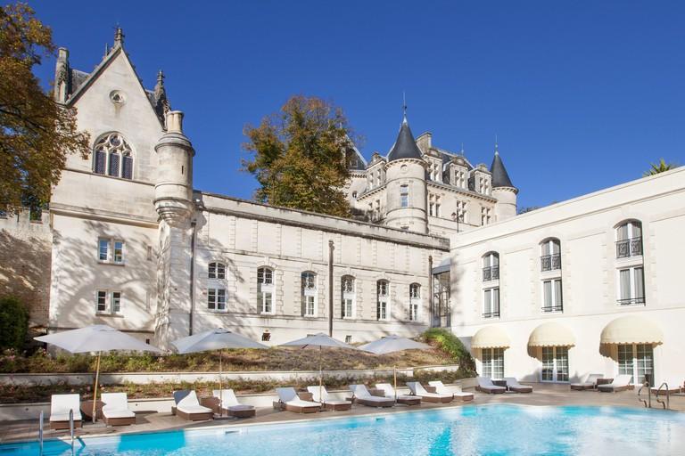 Château de Mirambeau, France_3054bd91