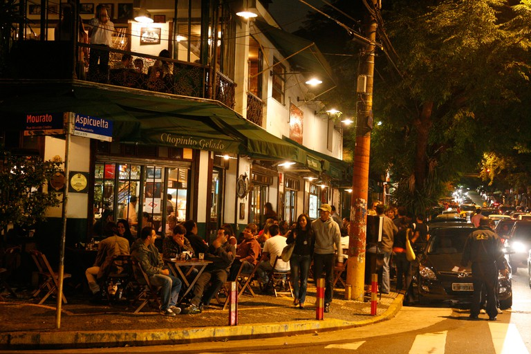 People in the Vila Madalena area known for its bars, restaurants and nighlife, Sao Paulo, Brazil, South America