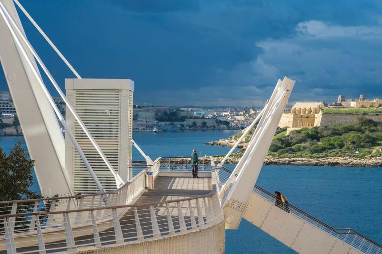 Malta Sliema Tigne Point footpath