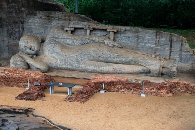 Reclining Buddha, Gal Viharaya, UNESCO World Heritage Site, the ancient city of Polonnaruwa, Sri Lanka, Asia