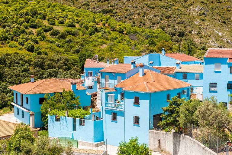 Pueblo Juzcar in smurf blue, Serrania de Ronda, Malaga province, Andalusia, Spain, Europe.
