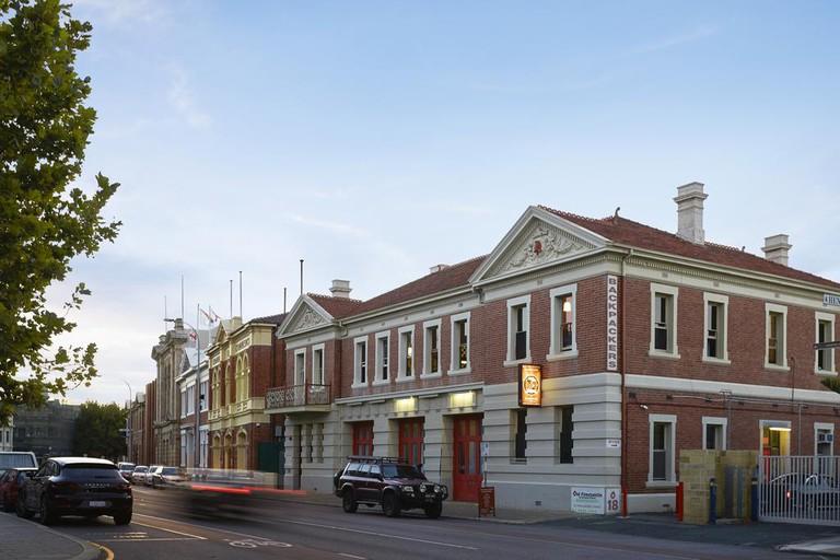 Fremantle Old Fire Station Hostel_b_67566622