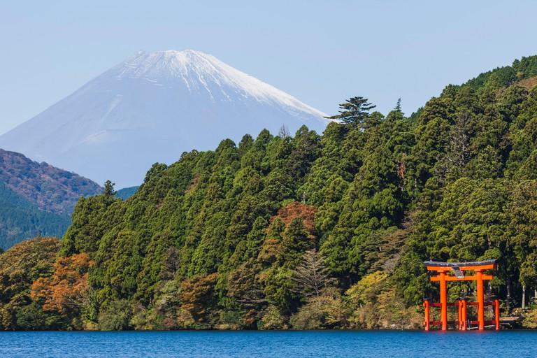 Japan, Honshu, Fuji-Hakone-Izu National Park, Lake Ashinoko and Mt.Fuji